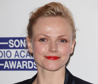 Maxine Peake takes drumming lessons with The Smiths
