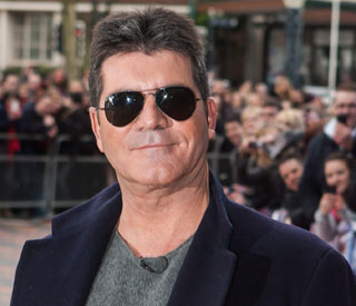 Simon Cowell shows his taste for fine cuisine