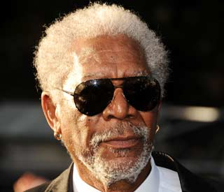 Morgan Freeman pays tribute to his old teachers