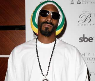 Snoop Lion gives Lindsay Lohan friendly advice