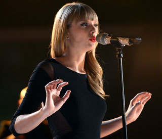 Taylor Swift to perform in the UK