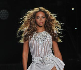 "Beyoncé ""felt a communication"" while giving birth"