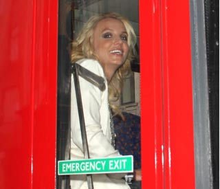 Britney takes the bus in London