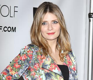 Mischa Barton looks happy and healthy on red carpet