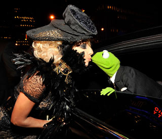 Lady Gaga and The Muppets film 'Holiday Spectacular'