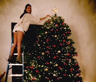 Alessandra Ambrioso shows off 10ft Christmas tree