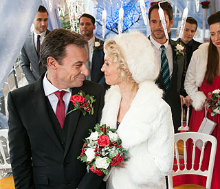 Festive wedding for Hollyoaks couple Sandy and Fraser