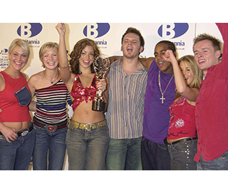 S Club 7 star calls for reunion