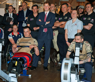 Prince Harry praises wounded ex-servicemen who rowed across Atlantic