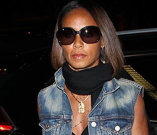 Jada Pinkett-Smith defends picture of Willow Smith