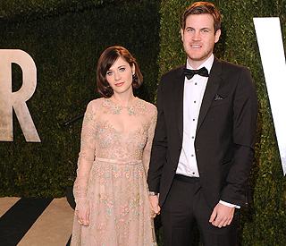 Zooey Deschanel splits from longterm boyfriend