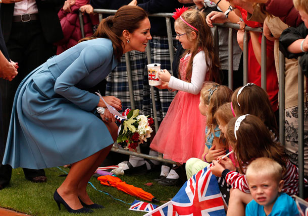 kate middleton crowds