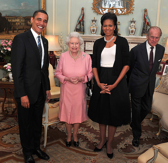 The Do's And Don'ts Of Meeting The Queen