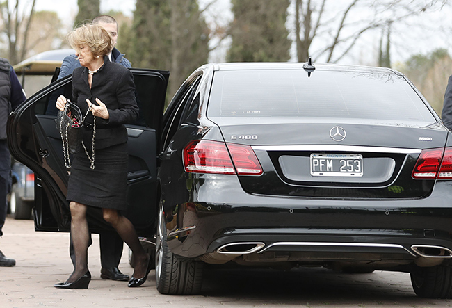 queen-maxima-mother-attends-dads-funeral