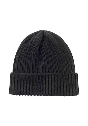 beanie hat holiday wardrobe inspiration
