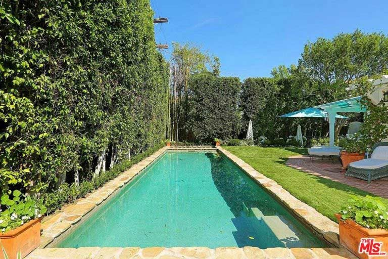 See inside selena gomez 39 s new home in los for Pool and spa show charlotte nc
