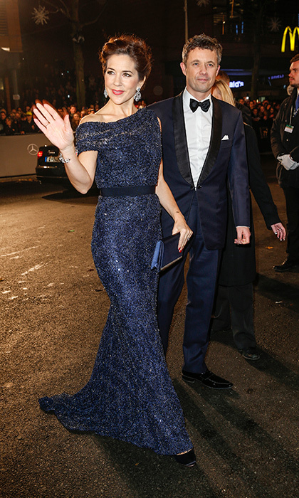In royal-blue lace for the 2014 Bambi Awards.