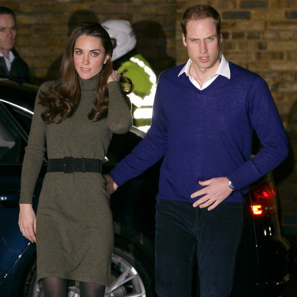 <p>It seems as though Kate predicted the turtleneck trend in 2011. She chose this forest-green sweater dress for an outing with Prince William.
