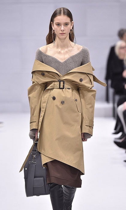 "<h3>JACKET: SHRUG IT OFF</h3><p>Wearing your jacket – be it a bomber, trench or moto – the traditional way, you know, on your shoulders, is so 2016. Designers like Balenciaga, Monse and Diane Von Furstenberg sent models down the runway this season with their latest outerwear designs, slung and draped dramatically off their shoulders. Street-style stars copied the look outside Fashion Week tents, and celebrities including <strong><a href=""/tags/0/kim-kardashian/"" target=""_blank"">Kim Kardashian</a></strong>, <strong><a href=""/tags/0/gigi-hadid/"" target=""_blank"">Gigi Hadid</a></strong>, <strong><a href=""/tags/0/rihanna/"" target=""_blank"">Rihanna</strong></a> and <strong><a href=""/tags/0/kate-bosworth/"" target=""_blank"">Kate Bosworth</strong></a> have all been seen rocking the shoulder-baring style. </p><p>Photo: © Getty Images</p>"