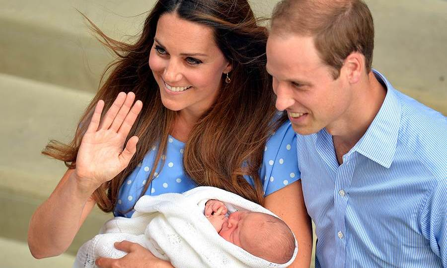 "At just one day old, <strong><a href=""http://us.hellomagazine.com/tags/1/prince-george"">Prince George</a></strong> made his highly anticipated first public appearance on the steps of the Lindo Wing at St Mary's hospital in Paddington. 