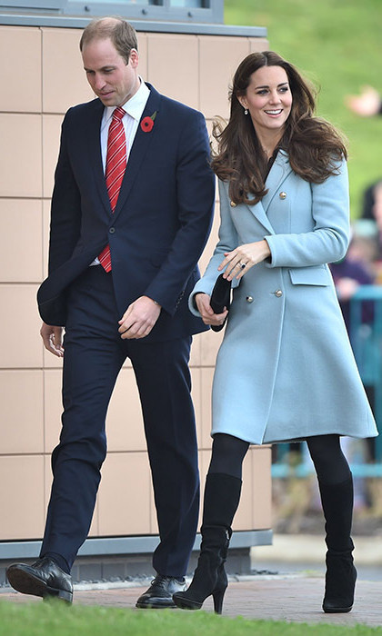 Kate was on trend in powder blue when she visited the Valero Refinery with Prince William wearing this gorgeous Matthew Williamson coat.