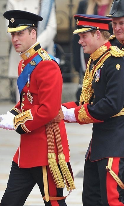 Decked out in their army uniforms, Prince William and best man Prince Harry arrived together at Westminster Abbey.