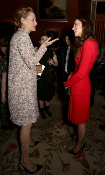 "<a href=""http://us.hellomagazine.com/tags/1/uma-thurman/""><strong>Uma Thurman</strong></a> and Kate seemed like good friends at the Buckingham Palace's Dramatic Arts soiree in February 2014.