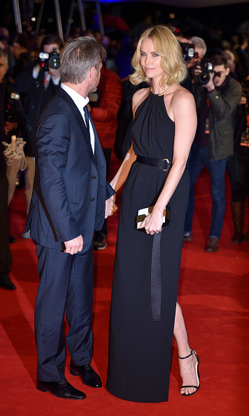 Sean Penn only has eyes for Charlize Theron at U.K ...