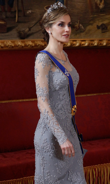 queen letizia recycles dazzling gown and tiara for palace gala