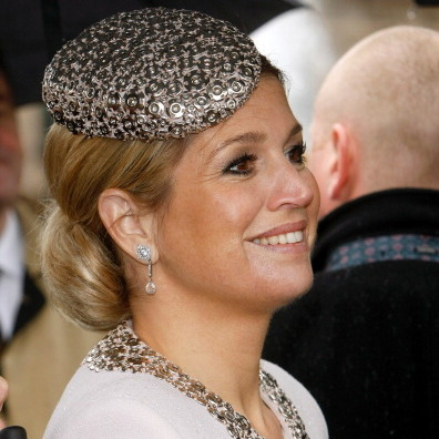 Máxima styled outside the average pill box with a hard jeweled version when visiting the Groningen and Drenthe Provinces.