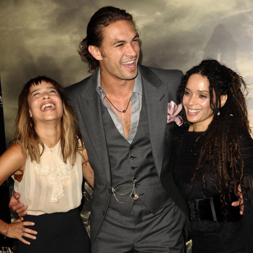 "<a href=""http://us.hellomagazine.com/tags/1/jason-momoa/""><strong>Jason Momoa</strong></a> showed off his rugged bad-boy look (courtesy of the man-bun), while sharing a giggle with Zoe Kravitz and Lisa Bonet at the L.A. premiere of <i>Conan The Barbarian</i>.