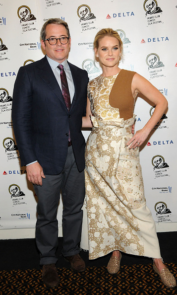August 26: 'Dirty Weekend' co-stars Alice Eve and Matthew Broderick chatted with attendees at the Friar's Club in NYC.