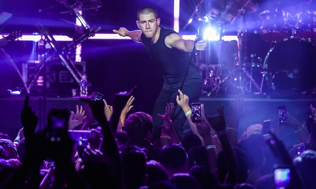"August 28: Nick Jonas headlined the Time Warner Cable and Lifebeat 2015 ""MTV Video Music Awards"" concert to benefit Lifebeat in Los Angeles.