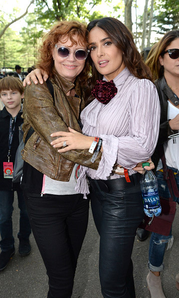 Salama Hayek and Susan Sarandon shared a hug and the urge to fight for change at the Global Citizen Festival. 