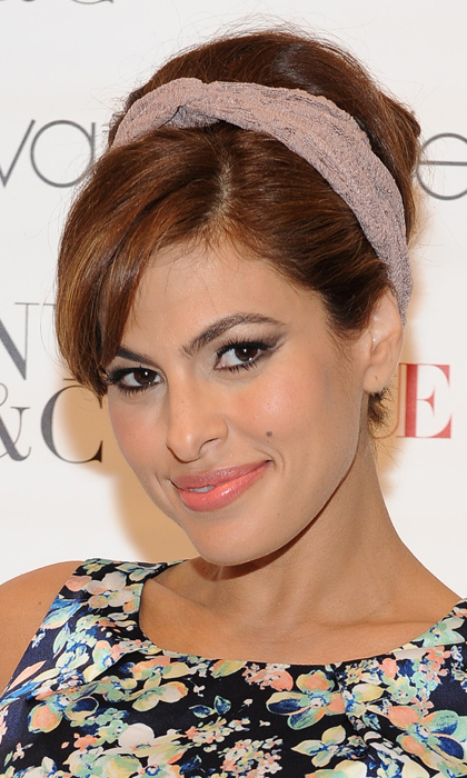 Eva Mendes' skin routine:<br>