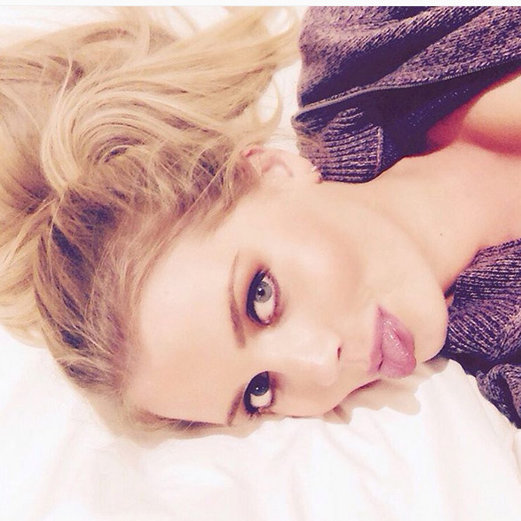 Lady Kitty Spencer showed off her selfie skills. <br>