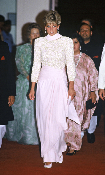 Pretty in pink, the Princess wore an intricately detailed pink and gold beaded gown for an event in Pakistan.<br>