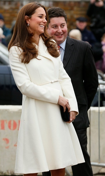 In March 2015 Kate wore a Max Mara Studio Villar coat to a sailing event in Portsmouth, UK.