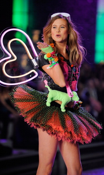 S.W.A.K. Behati Prinsloo threw a kiss toward the camera at the 2011 show.