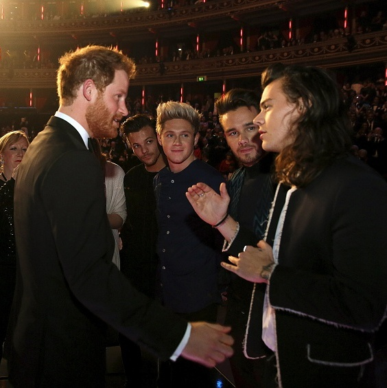 When Harry met Harry! Prince William's little brother chatted with the guys of One Direction backstage after the Royal Variety Performance at the Albert Hall in London. <br>