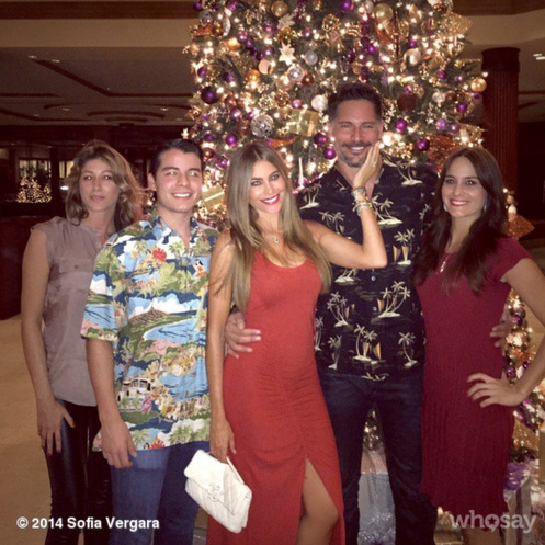 Family first. The couple celebrate Christmas with a tropical getaway to Hawaii along with Sofia's son Manolo and family.