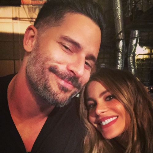 Love in the workplace. Sofia got a surprise visit from the 'Magic Mike' star while on set!
