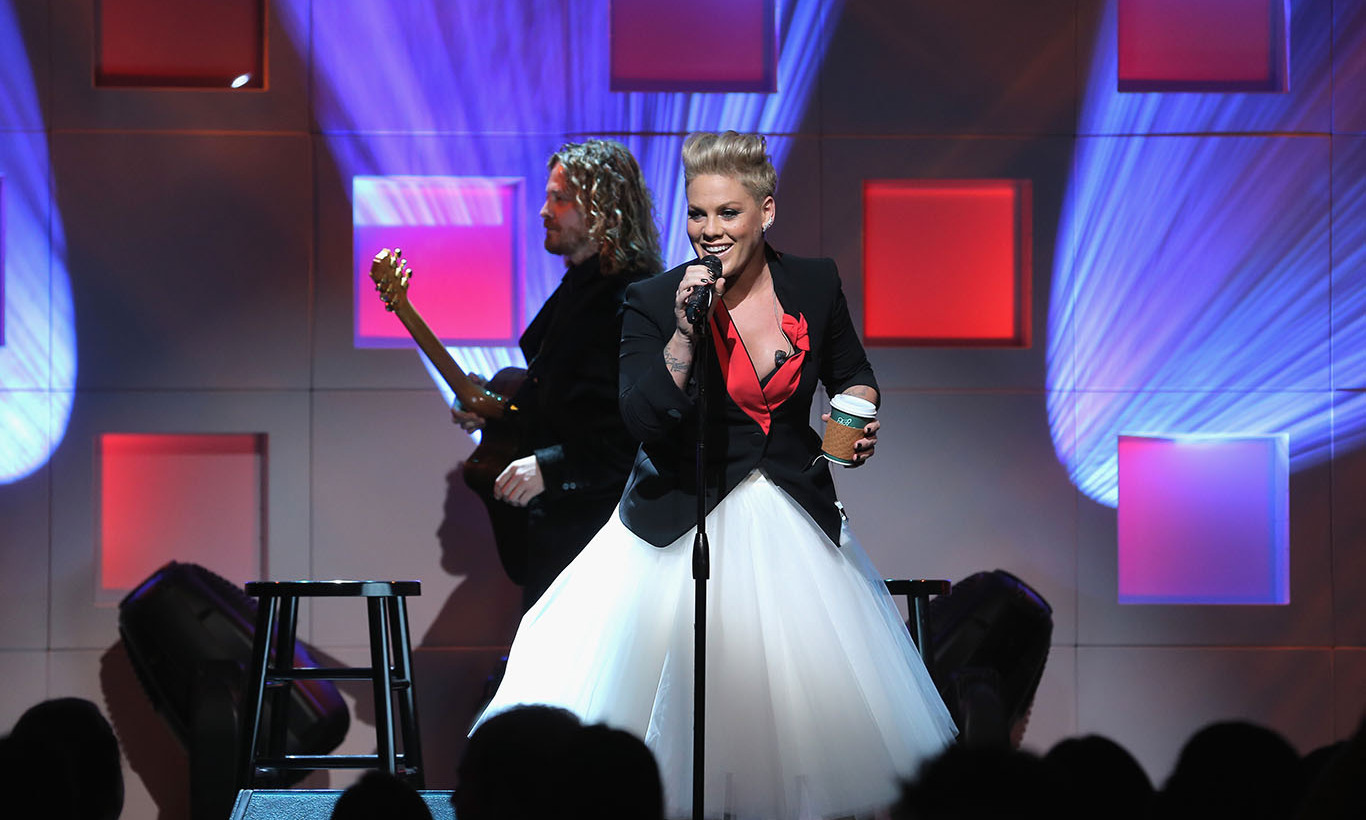 December 1: UNICEF's newest ambassador Pink performed during the 11th Annual UNICEF Snowflake Ball in New York City.