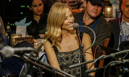 December 15: Surprise, it's Sheryl Crow! The artist gave a surprise performance at the Bluebird Cafe in Nashville. Sean Penn's J/P Haitian Relief Organization organized the event to honor supporters, while raising awareness for the group's ongoing efforts in Haiti.