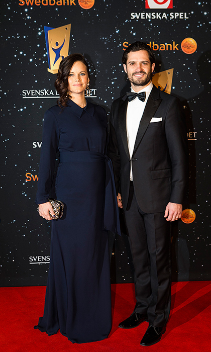 Navy blue seems to be one of Sofia's go-to colors. Here she is wearing the classic shade with husband Prince Carl Philip at the Swedish Sports Gala held at the Ericsson Globe.