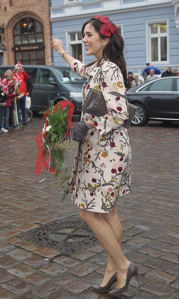 Then pregnant with twins, the Danish Crown Princess didn't give up her high heels during a jaunt to Stralsund, Germany.