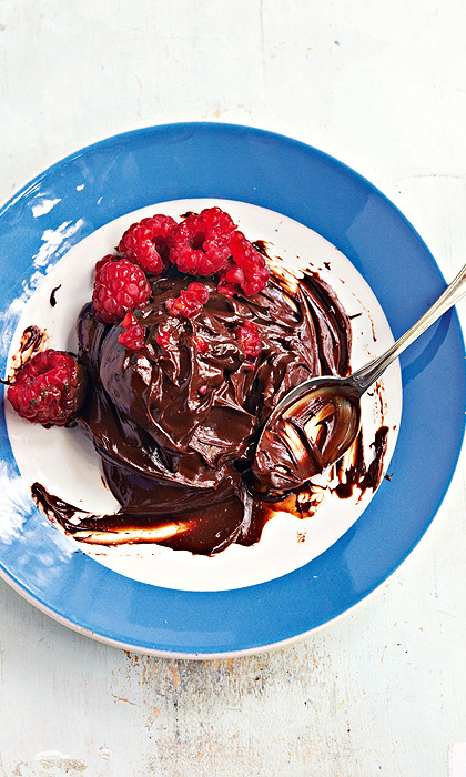 "<p><strong><a href=""us.hellomagazine.com/cuisine/12016020511297/raw-chocolate-mousse"" target=""_blank"">Raw chocolate mousse</a></strong><br>