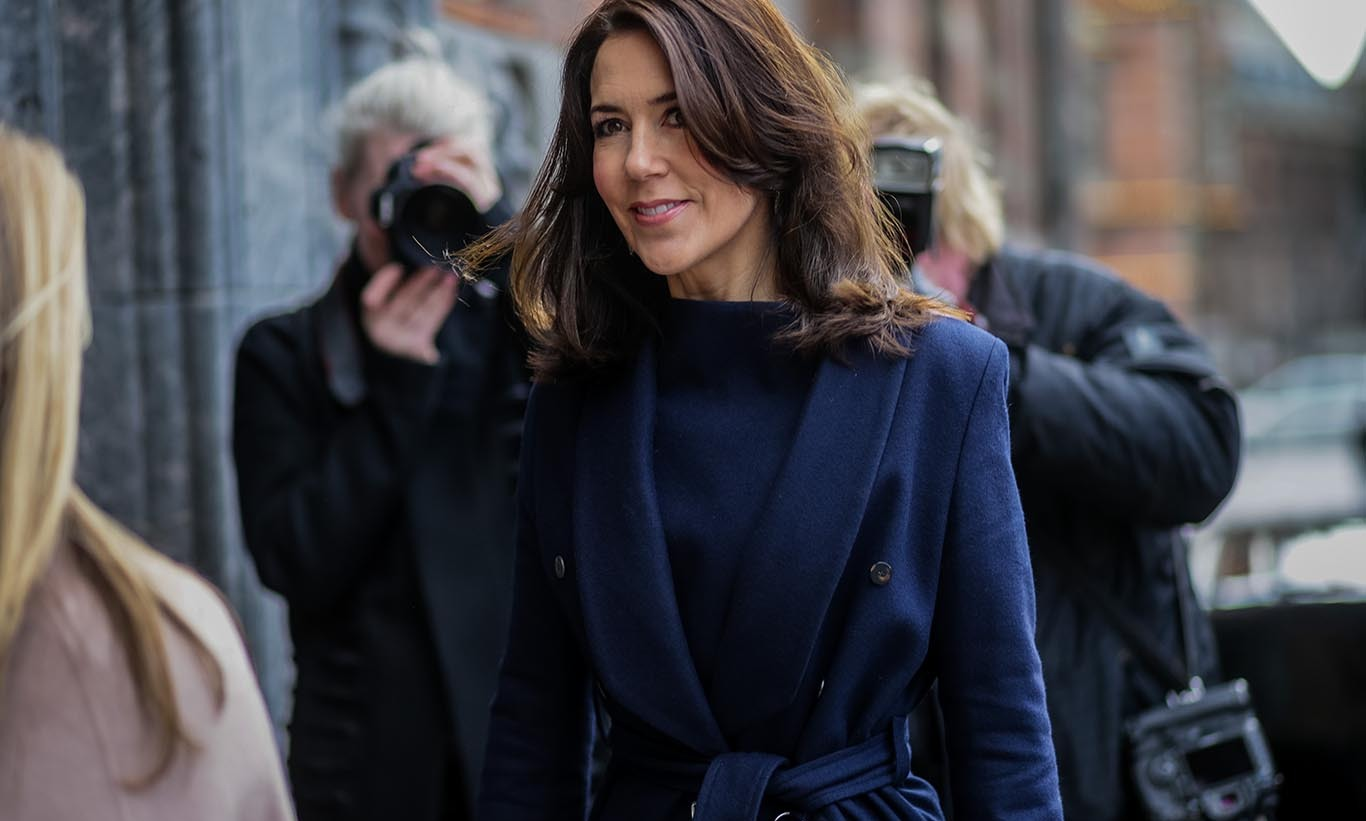Royal street style! Princess Mary of Denmark was spotted at  Copenhagen Fashion Week.
