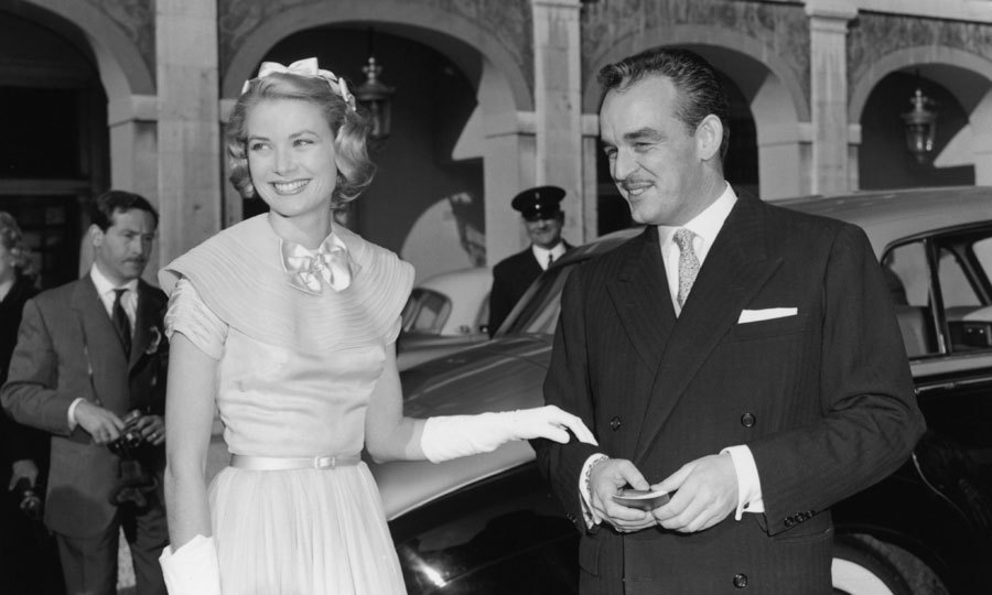 "One of the most famous royal love stories is that of <a href=""http://us.hellomagazine.com/tags/1/grace-kelly/""><strong>Grace Kelly</strong></a> and <b>Prince Rainier III</b>. The former was a famous American actress while the latter was the Prince of Monaco. The two met on the set of a photo shoot during the Cannes film festival and the rest, as they say, was history.