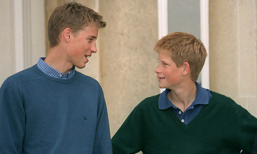 Prince Harry was still looking up to his brother – literally! – as they enjoyed some sweater weather in 1999.